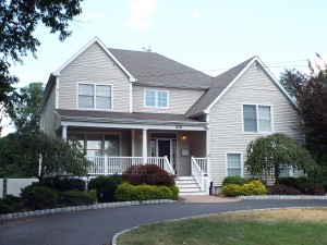 Inspected 8/5/15. Approximately 4500 square feet. Built 2006. Middletown.