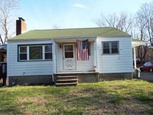 Inspected 4/6/16. Built 1945. Hampton, NJ.