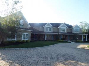 Inspected 6/25/16. Four buildings inspected including a 12,000+ square foot house. Built 2001.